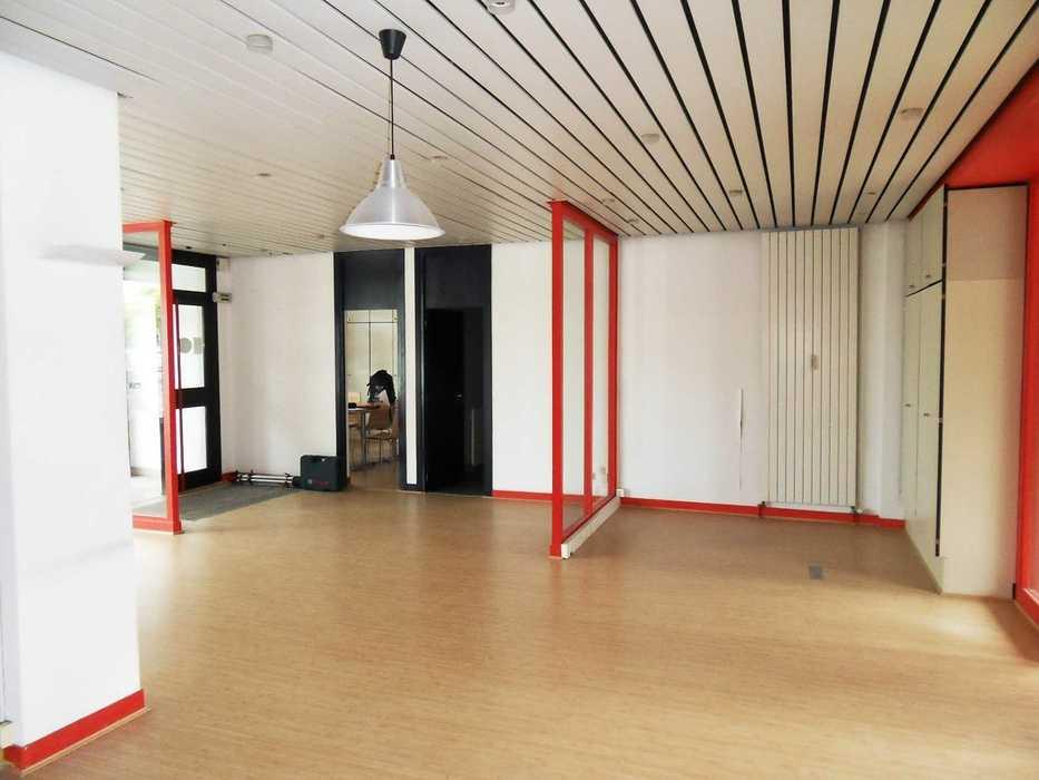 Réaménagement d''un local commercial - Saint Brieuc sdc14070